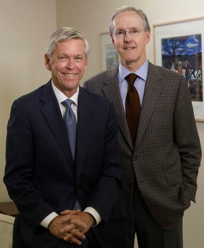Jim Moroney (left) will turn over leadership of A. H. Belo Corporation to his predecessor and cousin, Robert W. Decherd. Both are great-grandsons of George Bannerman Dealey, the first and longest tenured publisher of The Dallas Morning News.