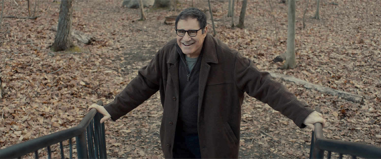 "Richard Kind plays Felix Greystone in the film, ""Auggie."" (Samuel Goldwyn Films/TNS)"