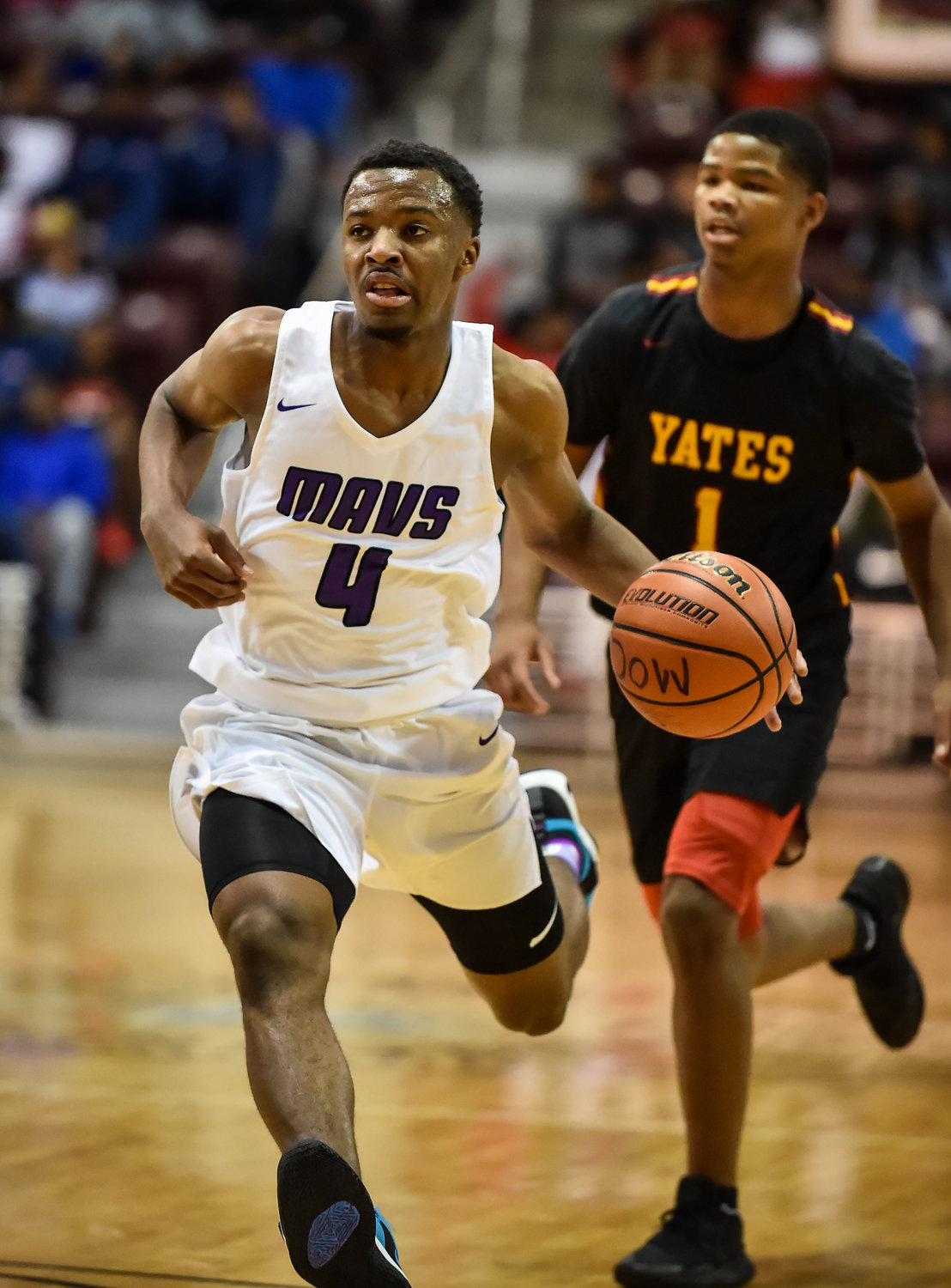 "Houston Tx. Nov. 16, 2019: Morton Ranch's LJ Cryer (4) drives to the basket during the RCS Sports ""Season Opener"" at M.O. Campbell Center.  (Photo by Mark Goodman / Katy Times)"