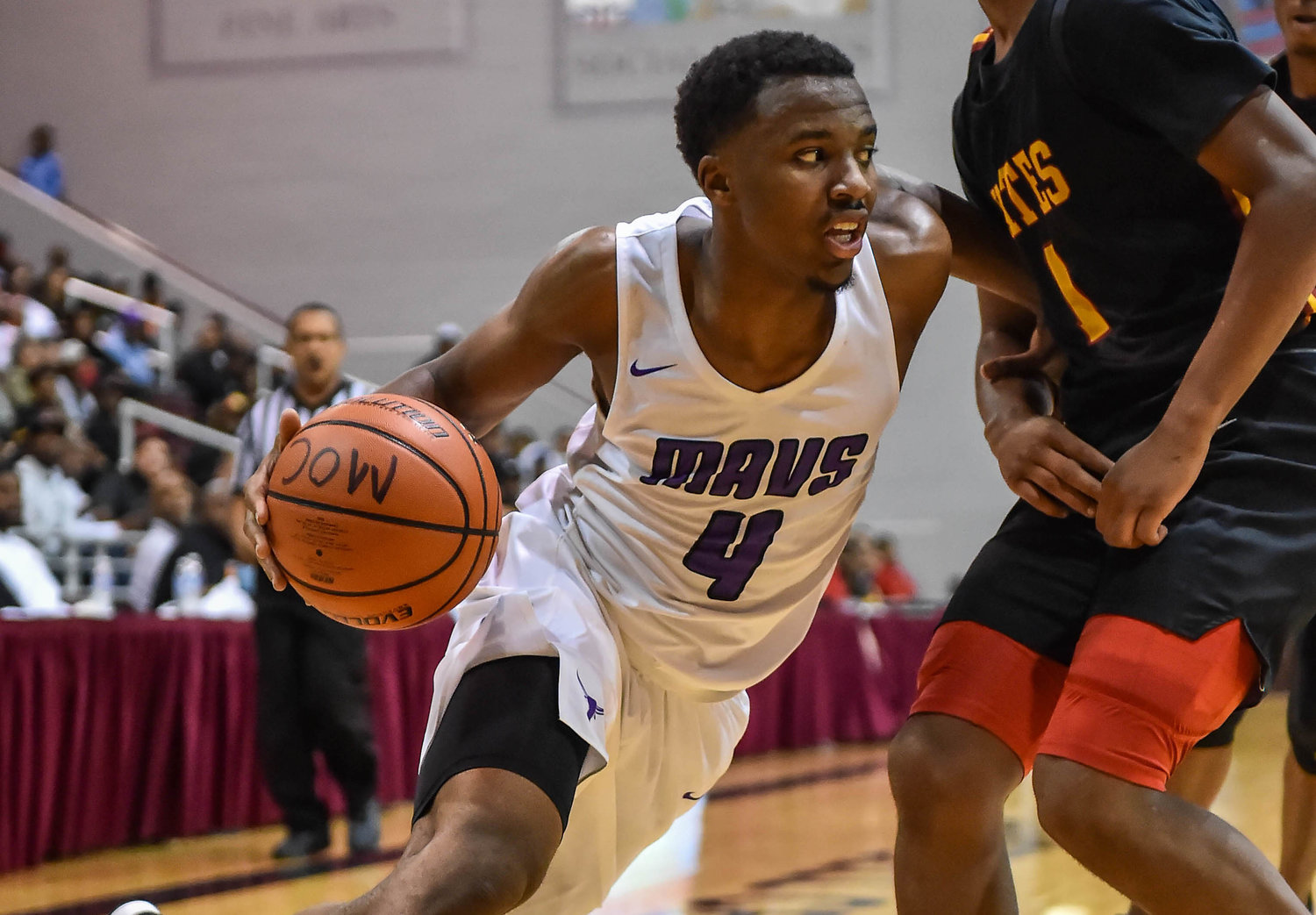 Morton Ranch senior guard L.J. Cryer was named to the Texas Association of Basketball Coaches' Class 6A all-state team this week after producing one of the best seasons in Texas high school basketball history, scoring 1,164 points.