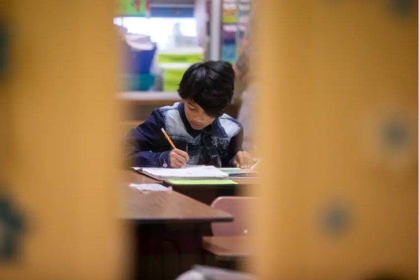 School districts will not receive state ratings this year based on how their students perform on the STAAR exams. However, students will still be required to take the exams which the Texas Education Agency says will help them determine how well students are doing, even during the pandemic.