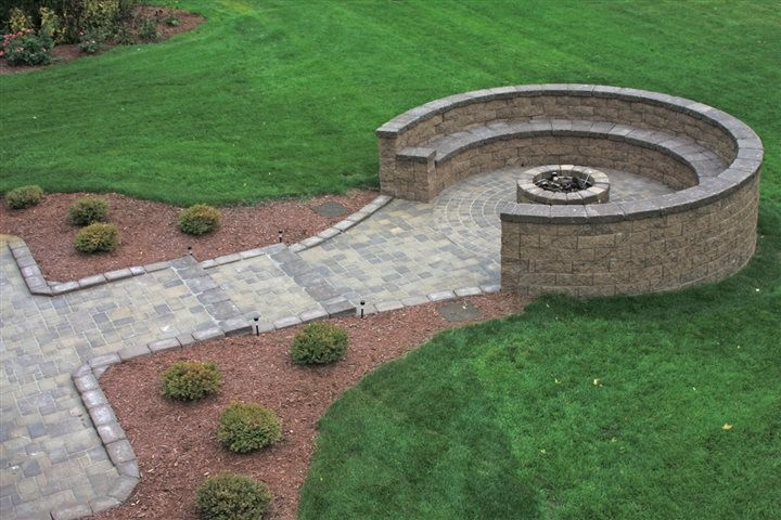 Give your landscaping a no maintenance makeover rehoboth for Low maintenance gardens for the elderly