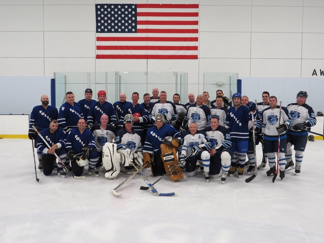 Seekonk Police & Fire and Freetown Police & Fire hockey team
