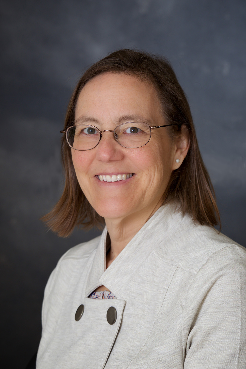 Sarah Fessler, MD, of Riverside, was awarded the Rhode Island Health Center Association's (RIHCA) Clinical Leadership Award