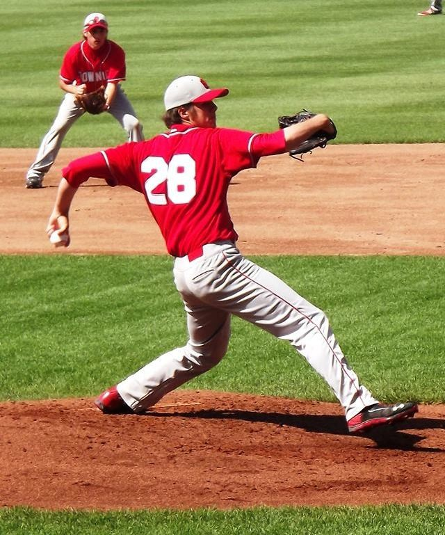 Keith Grant firing a strike during the Townies State Championship in 2014