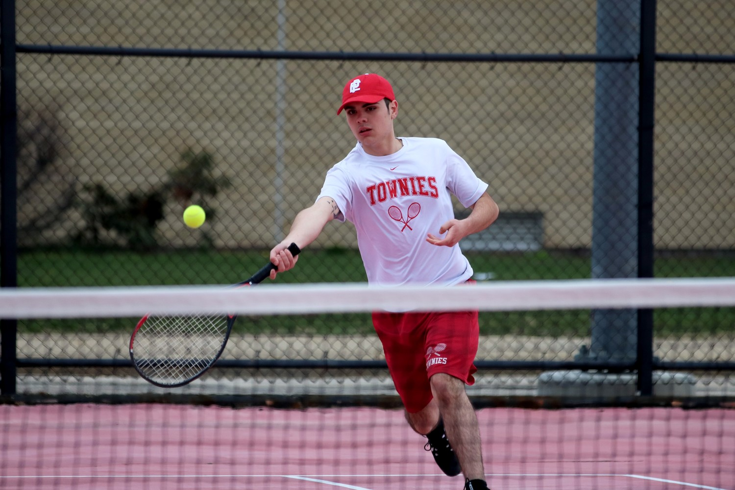Kyle Desmarais of the EP tennis team.