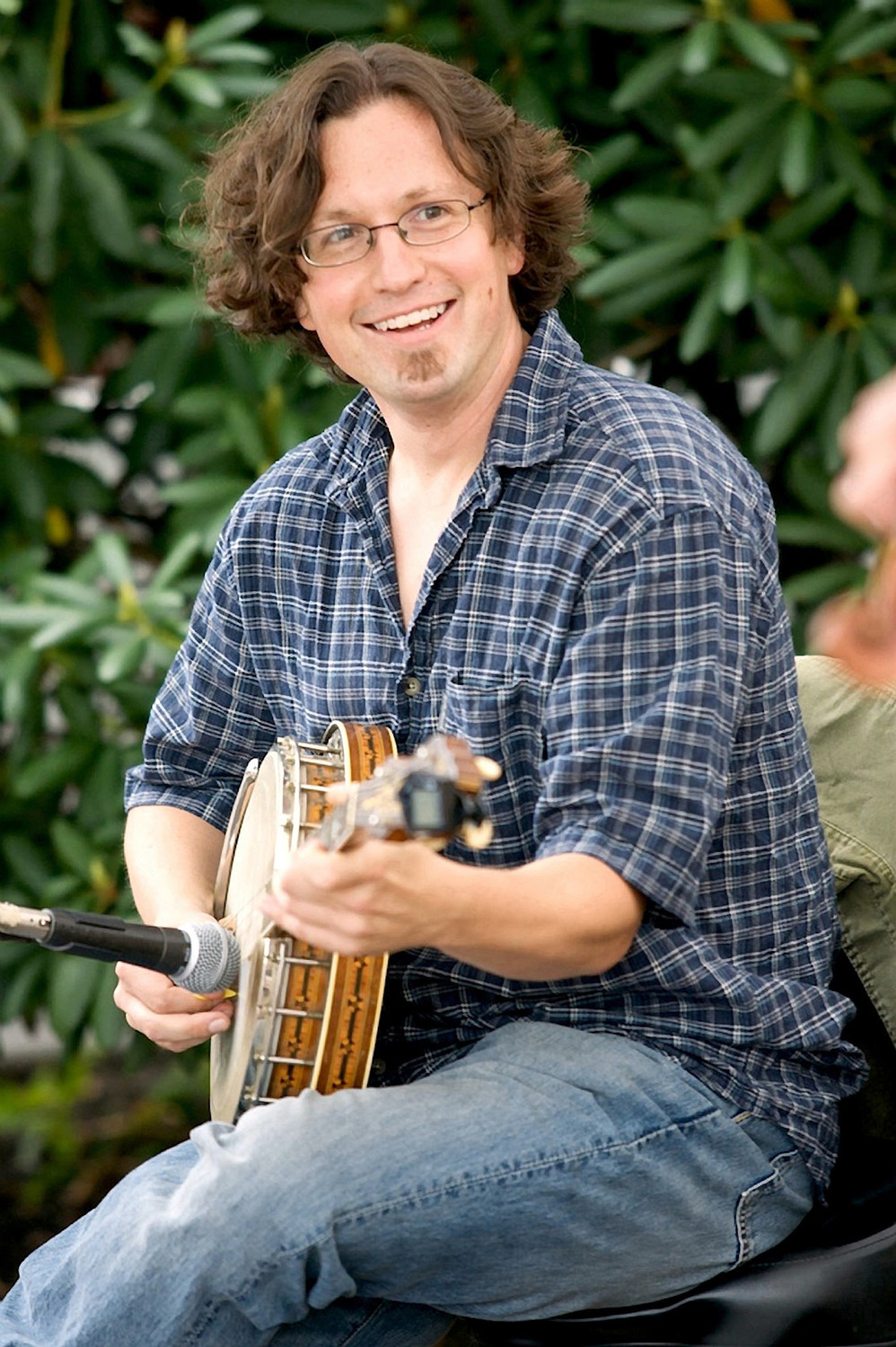 Glen Loper performs at the Rehoboth contra dance on Friday, July 13