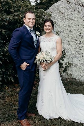 Chelsea Kathleen Miller and Austin James Apanovitch Marry