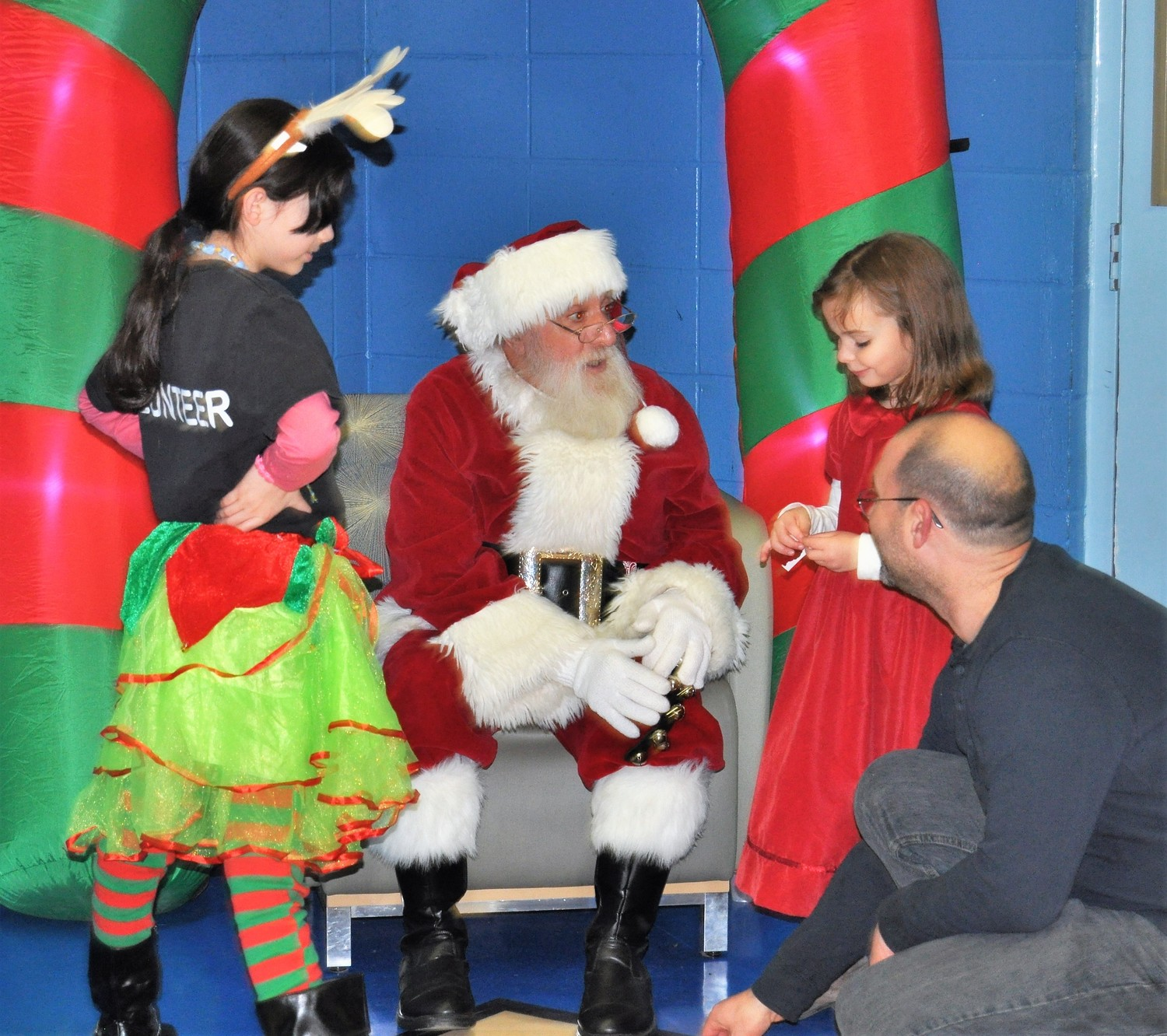 Santa will be visiting with children and families at the Newman YMCA on December 12th from 5:30 – 7:30 pm.  Register at the Newman YMCA Welcome Center.