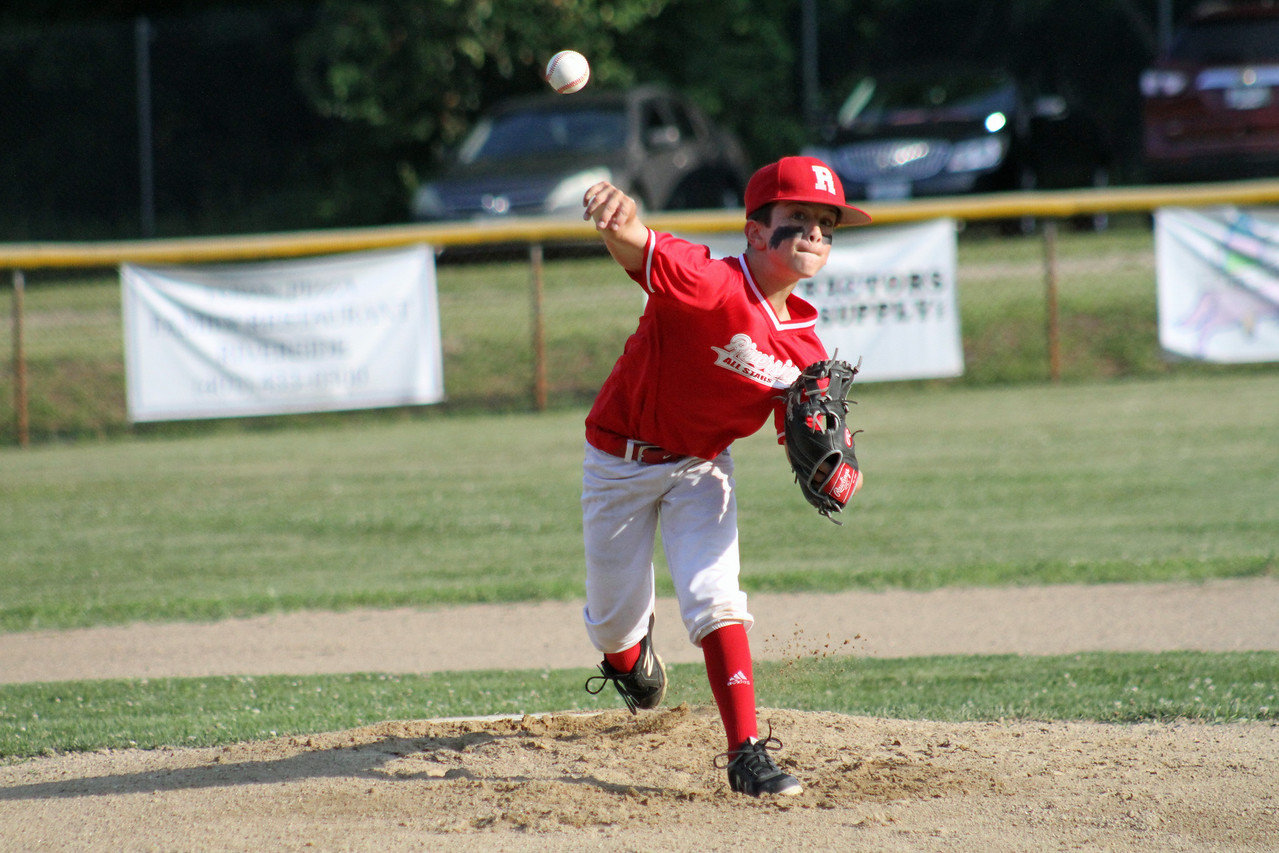 Jonathan Renaud on the mound. Photo by Tyler Maxwell.