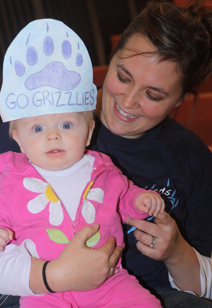 Laurin and mom April Glass showed their support for the volleyball team.