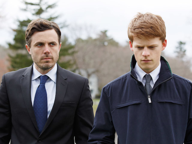 MANCHESTER BY THE SEA, from left, Casey Affleck, Lucas Hedges, 2016. ph: Claire Folger. © Roadside Attractions / courtesy Everett Collection
