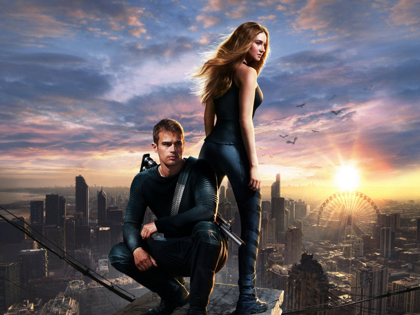Theo James and Shailene Woodley in 'Divergent.'