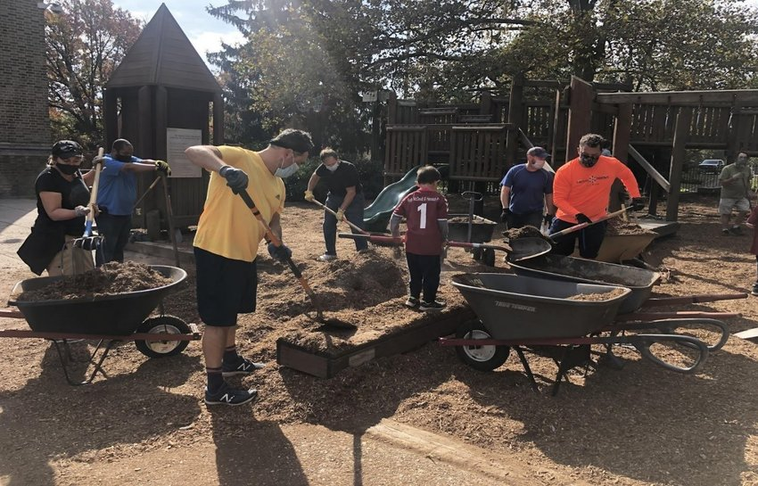 Mulching event in October 2020 organized by Friends of Jenks Co-President Janel Baselice. Over 60 Cubic yards of Mulch was spread by Volunteers in the Community.