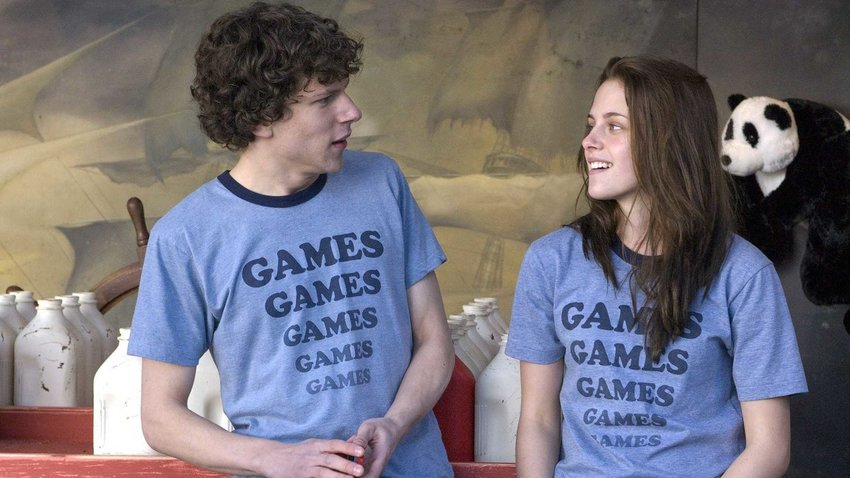 Jesse Eisenberg and Kristen Stewart in 'Adventureland.'