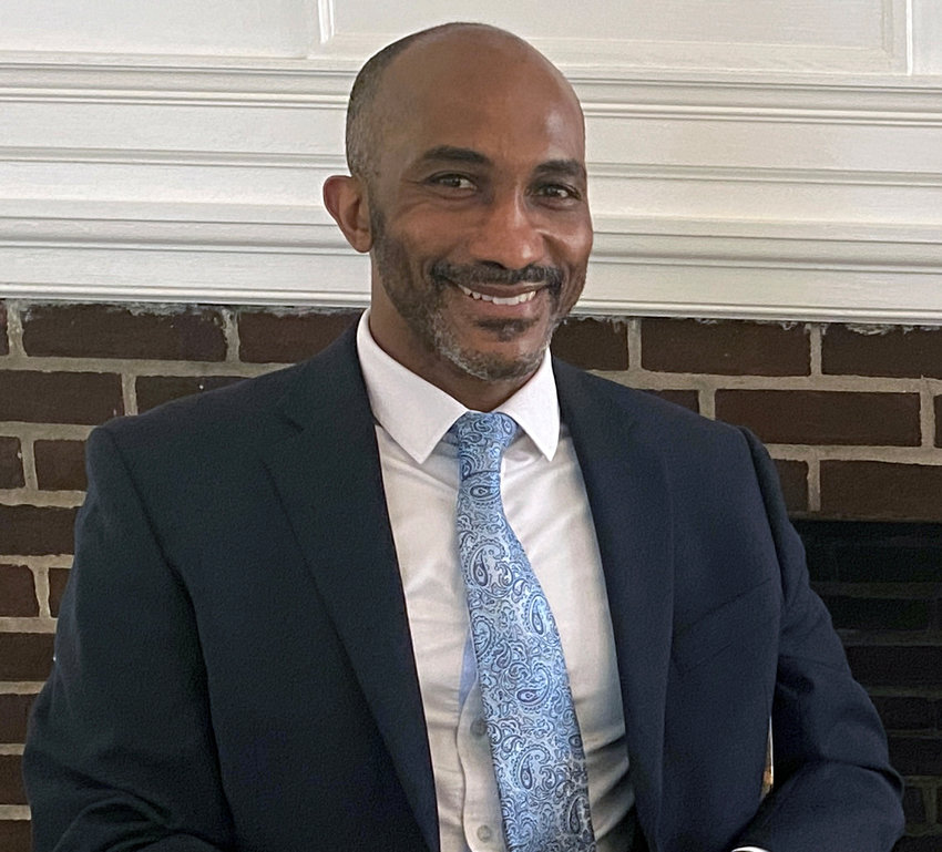 Dr. Delvin M. Dinkins will take over as SCH head of school in July 2022.
