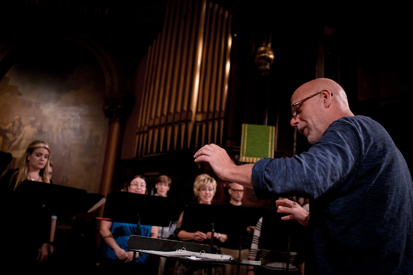 Donald Nally will lead the Grammy Award-winning choir he founded.