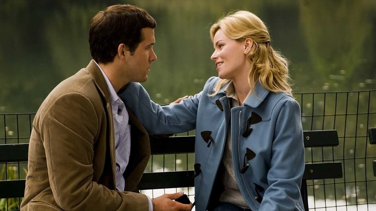 "Ryan Reynolds and Elizabeth Banks in ""Definitely, Maybe."""