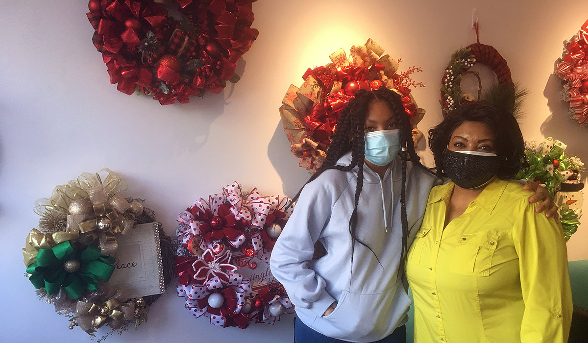 Desiree Palmer and her daughter Chyna, Door Décor and More, 8138 Germantown Avenue. (Photo by Walt Maguire)