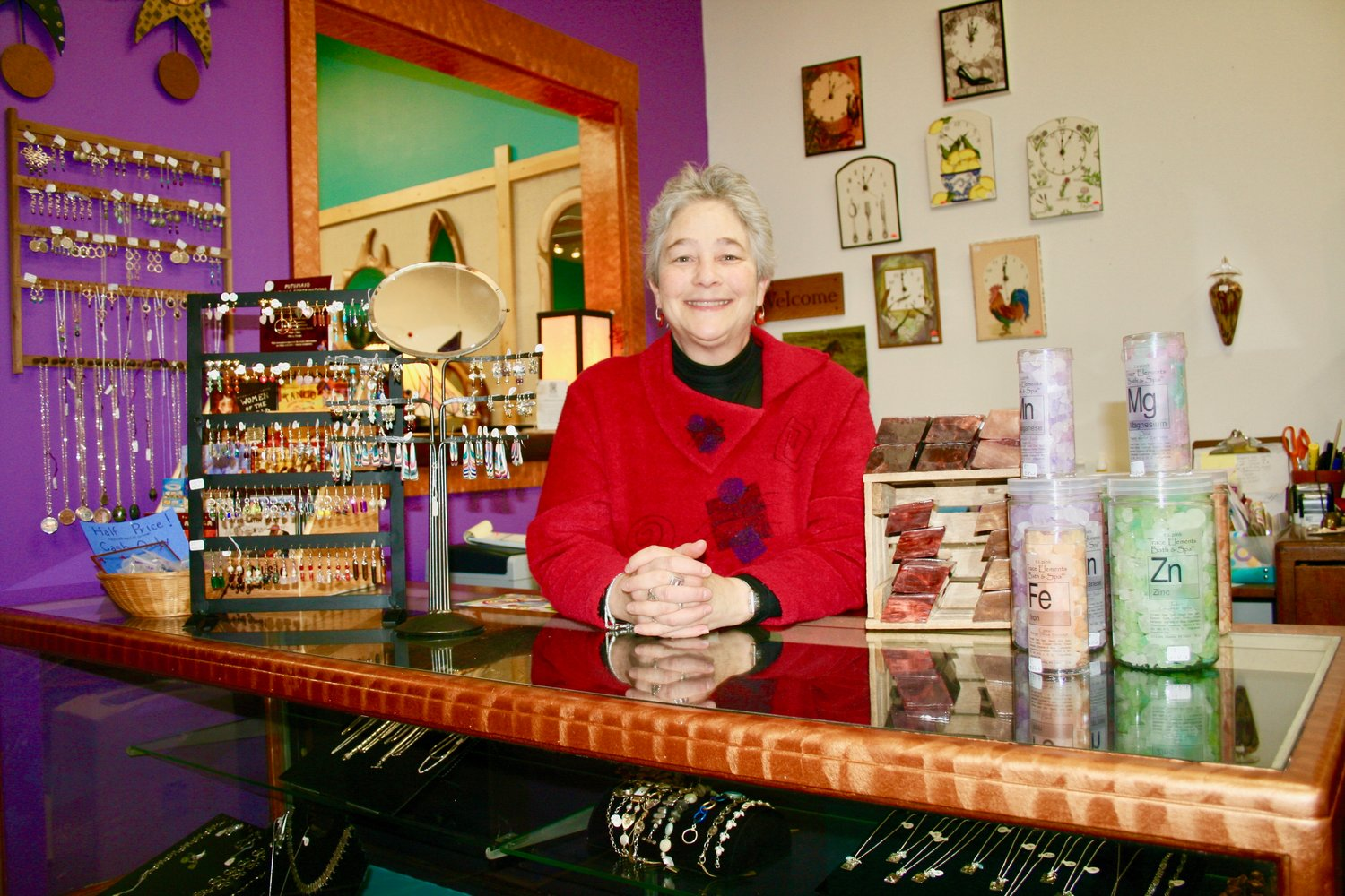 After 14 years as owner, Elayne Aion has sold The Dovetail Artisans, a charming gift shop at 105 E. Glenside Ave, in Glenside. The new owner, Rhiannon Cragle Punzo, is expected to take over shortly after the new year.