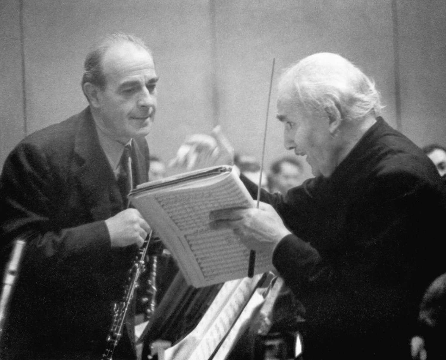 Marcel Tabuteau (left)the Philadelphia Orchestra's principal oboist from 1915 until his retirement in 1954, speaks with the renowned conductor Arturo Toscanini. (Photo courtesy of the Philadelphia Orchestra)