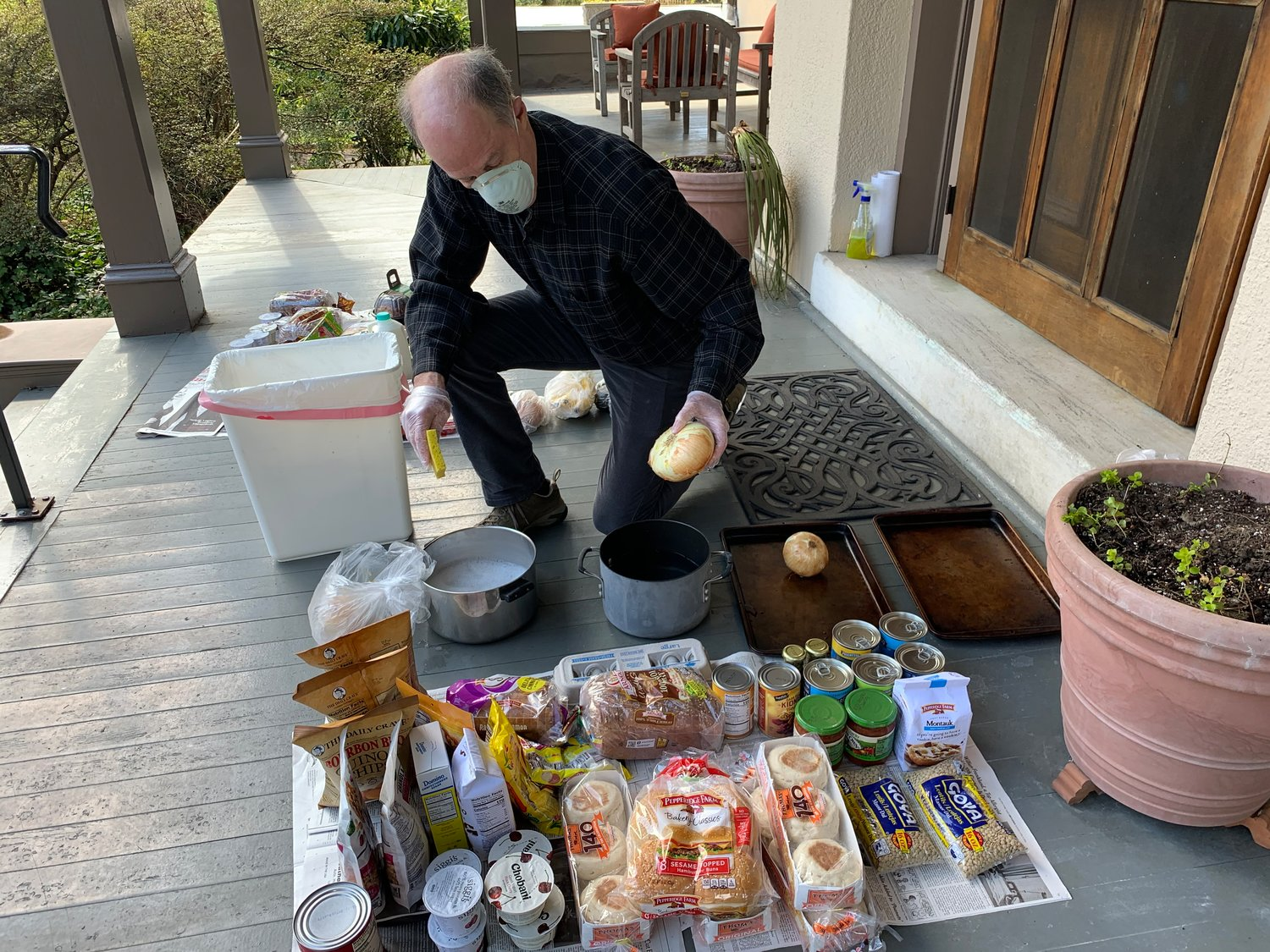 20210318 132739 2021 03 17   PHOTO   'Discovering Chestnut Hill' – Covid Collecting cleaning food.