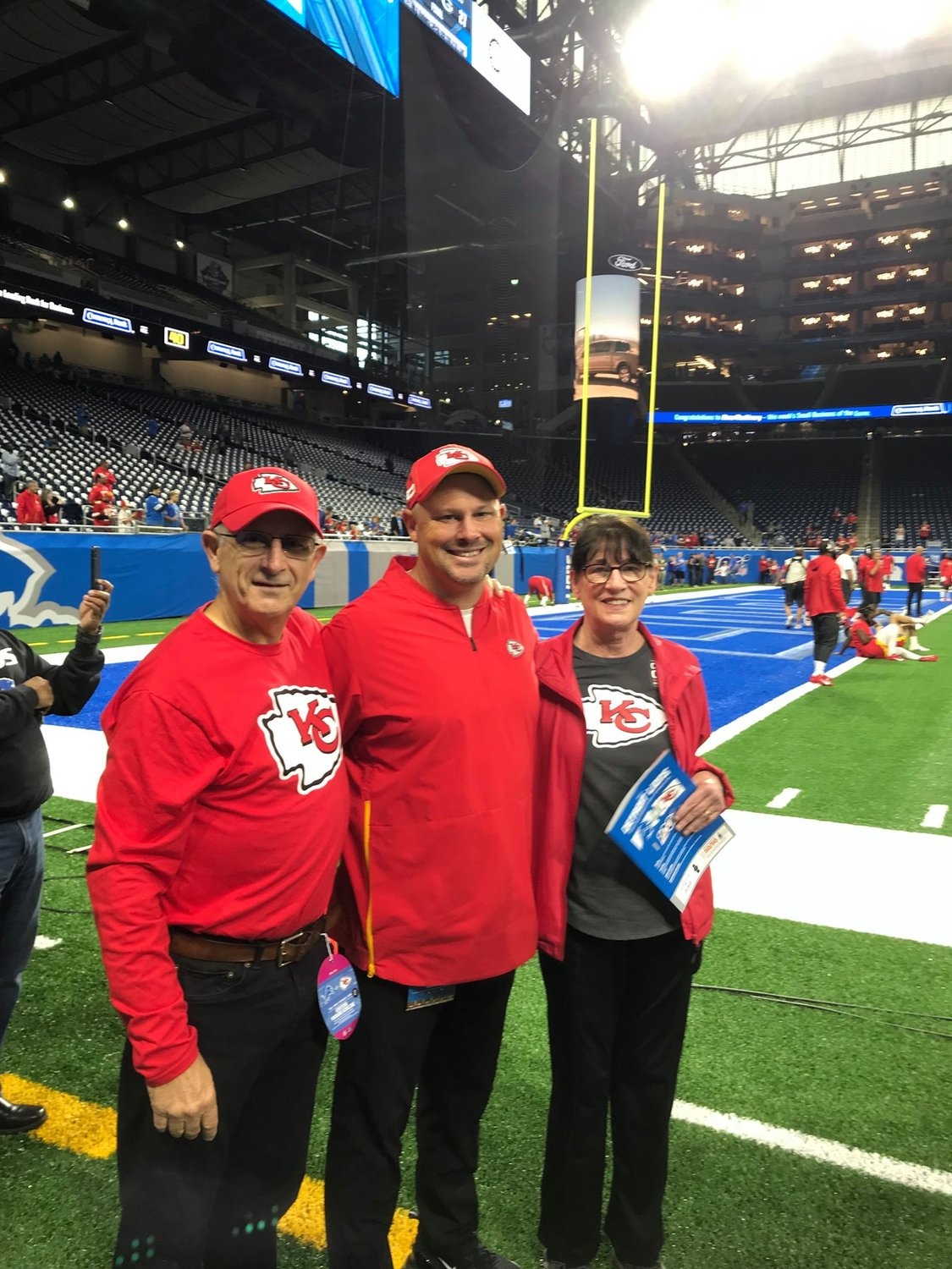 Tom and Cathy House with their son Matt House, linebackers coach for the Kansas City Chiefs.