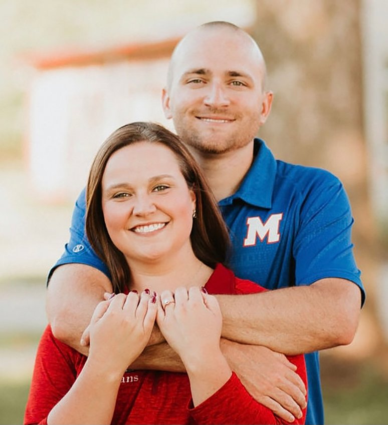 Caitlyn Isenberg and Jesse Schoolcraft plan to wed Oct. 9.