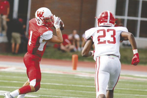 Freshman Cooper Sullivan turned in a breakout performance with 7 catches for 168 yards and two touchdowns in the Little Giant's 34-20 win over Denison on Saturday.