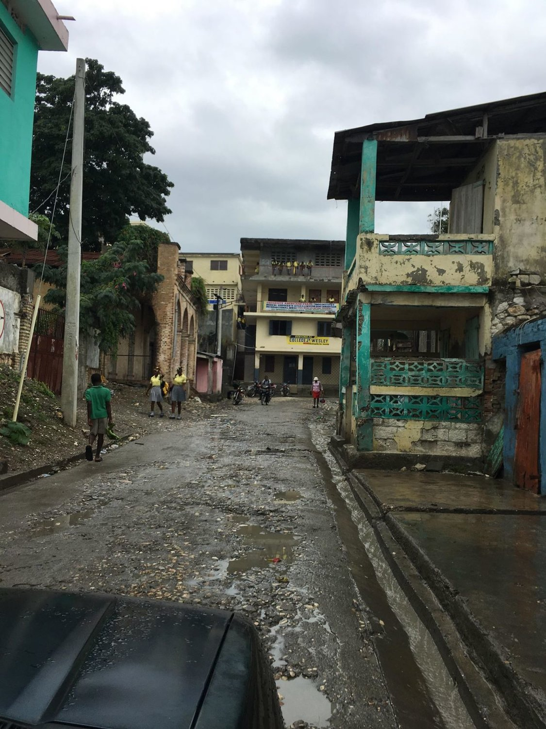 A street view of Jeremie.
