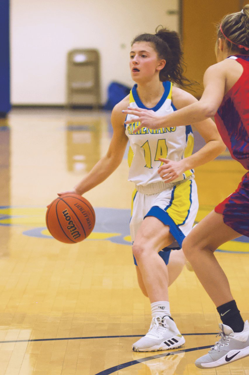 Crawfordsville's Shea Williamson led the Athenians with 12 points in a 40-31 Sagamore Conference loss to Western Boone on Tuesday.