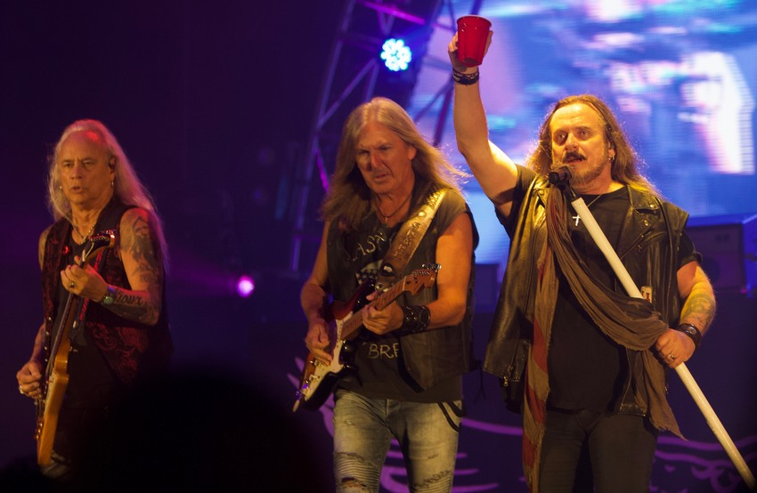 Lynyrd Skynyrd playing their final local show