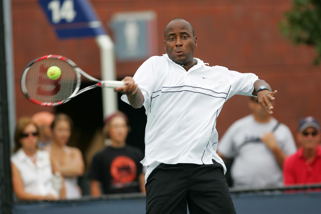 "MaliVai Washington (pictured) and Jim Courier led the U.S. to a 4-1 victory over Brazil in a 1997 Davis Cup matchup. Washington says playing Davis Cup ""made me more mentally tough."""