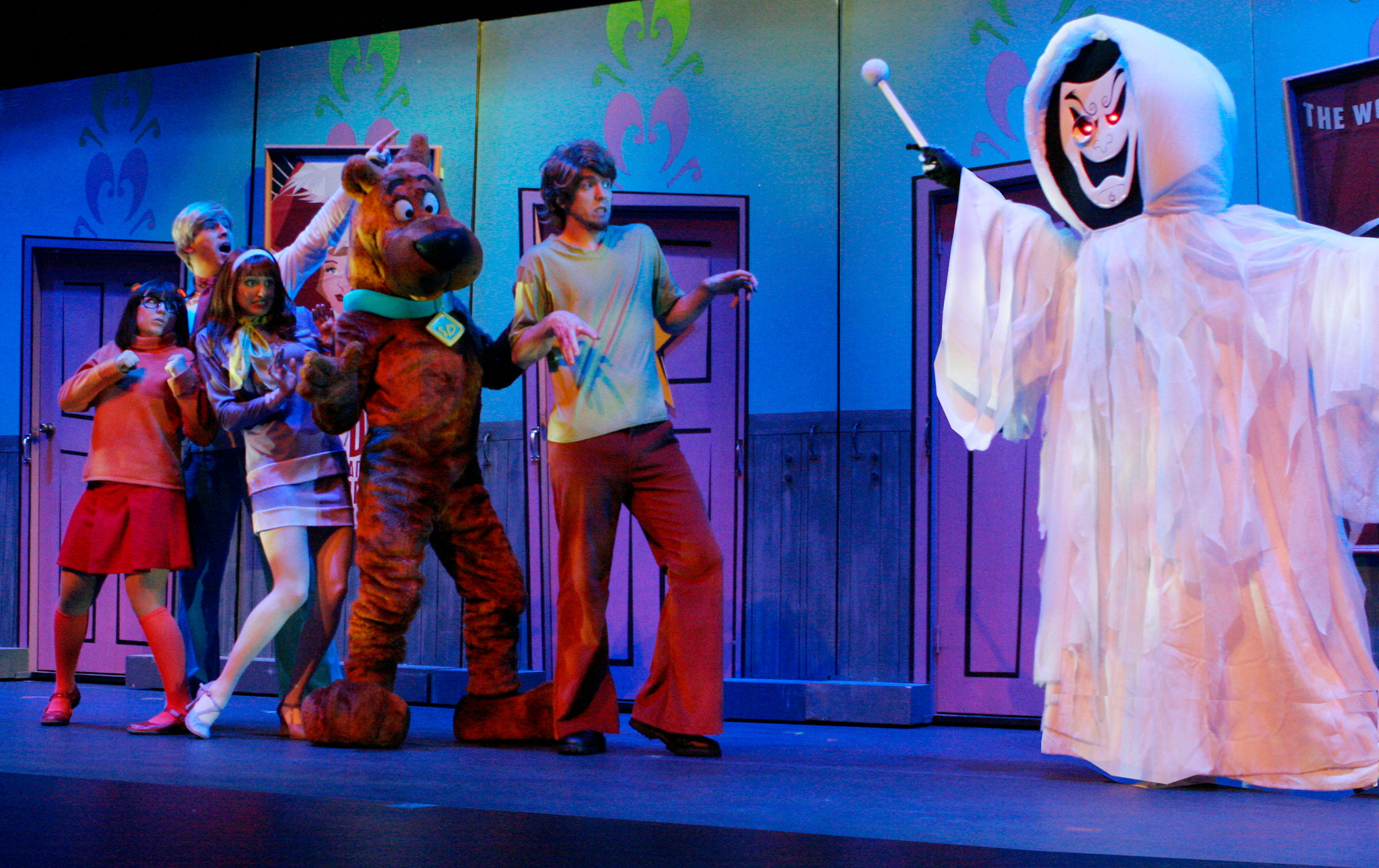 "Scooby-Doo and the Mystery Inc. Gang encounter the ghost that's haunting a local theater in ""Scooby-Doo Live! Musical Mysteries,"" presented by Warner Bros. Consumer Products and Life Like Touring."
