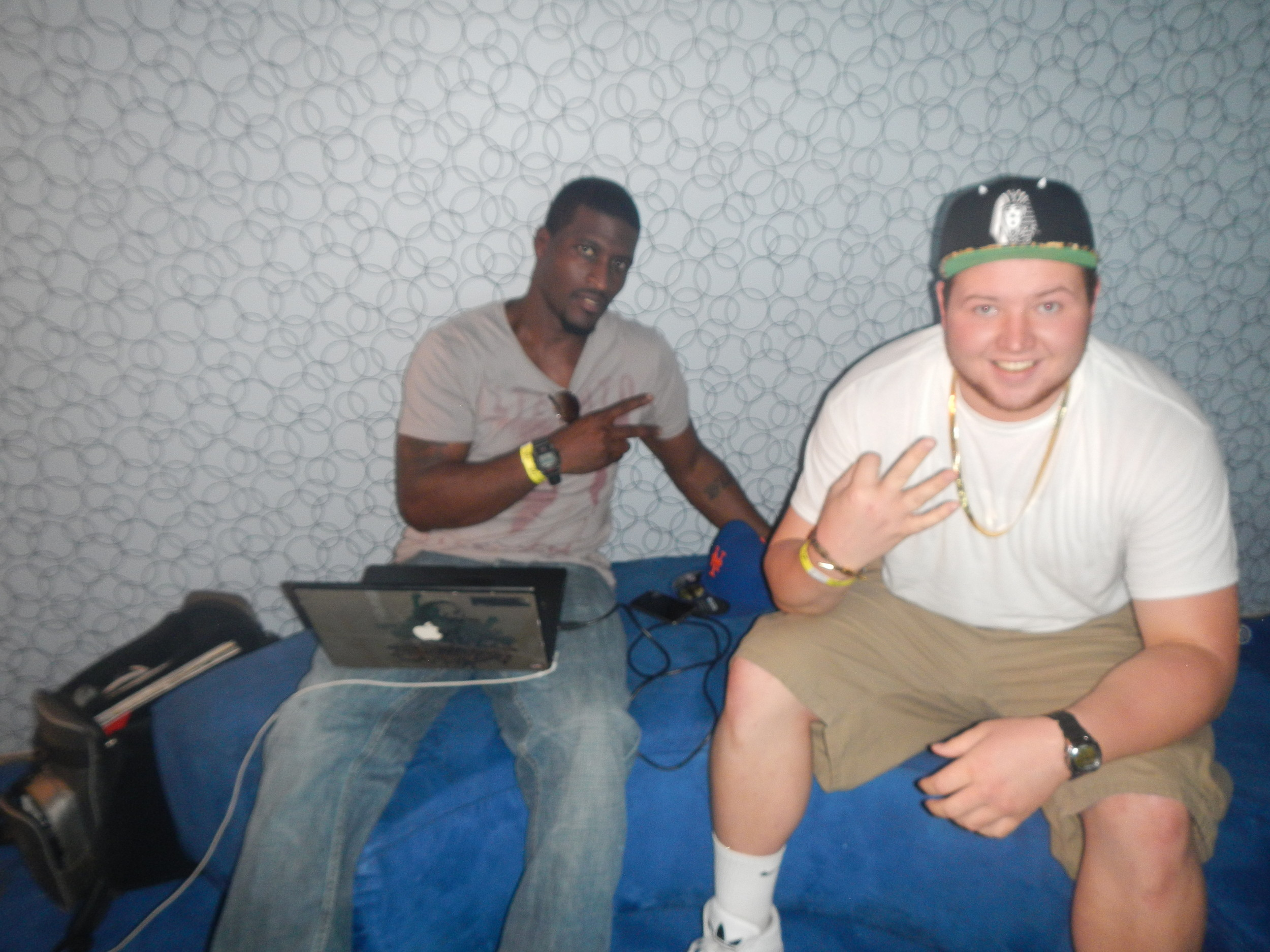 DJ Hiztory, Mike Jones