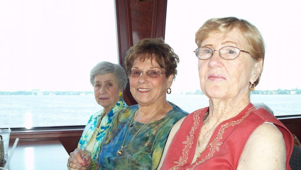Betty Howell, Evelyn Landon, Barbara Morton