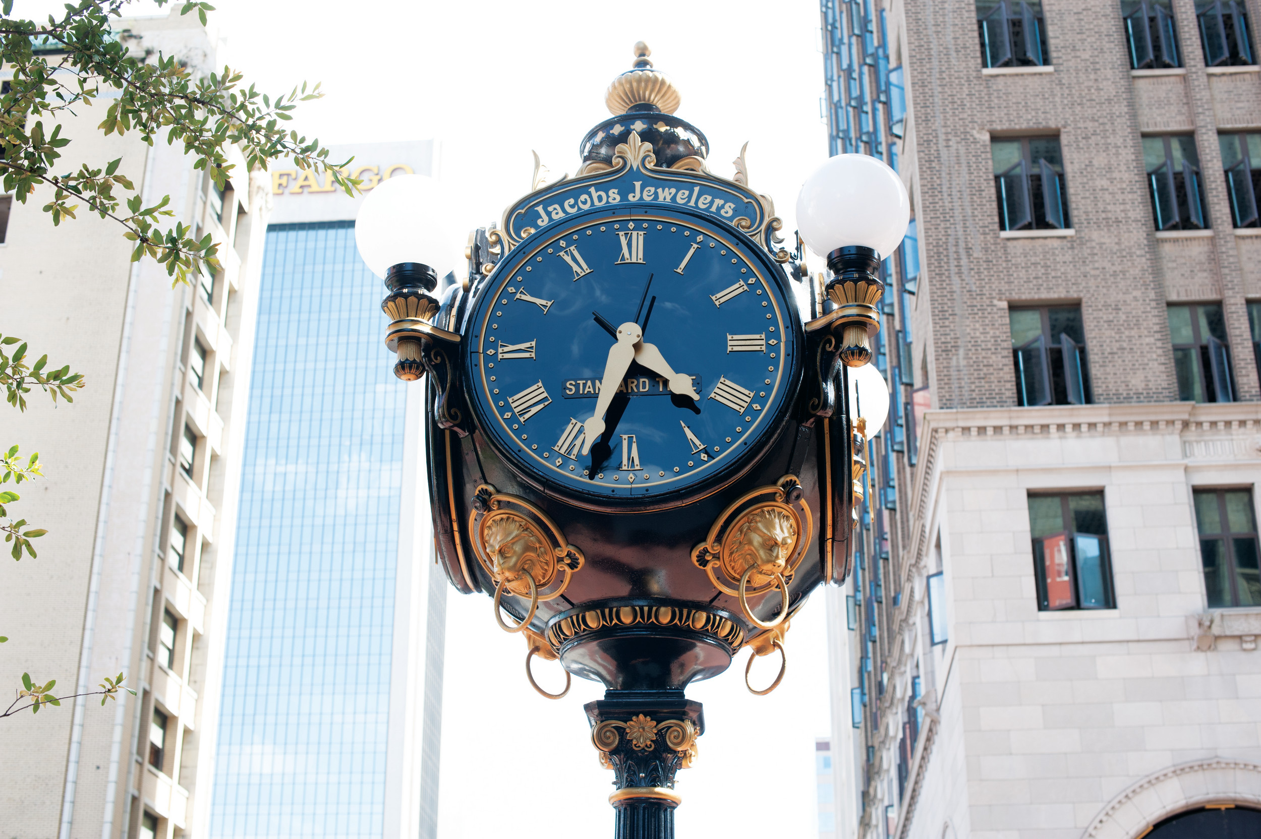 Jacob Jewelers clock