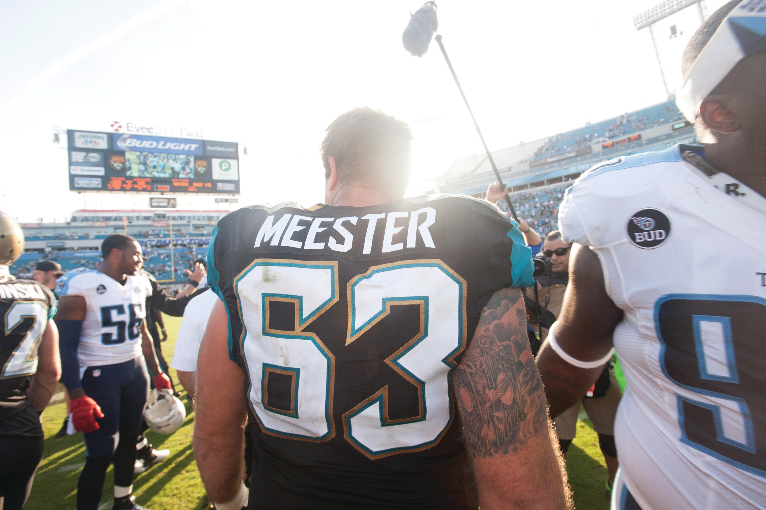 A HERO'S GOOD-BYE: The Jaguars feted Brad Meester, their longtime thoroughly mediocre center at his last home game, Dec. 22.