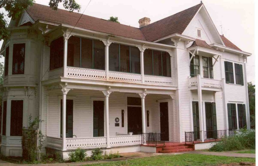 The T.N. Matthews House, built in 1885, is on 829 Mitchell Street