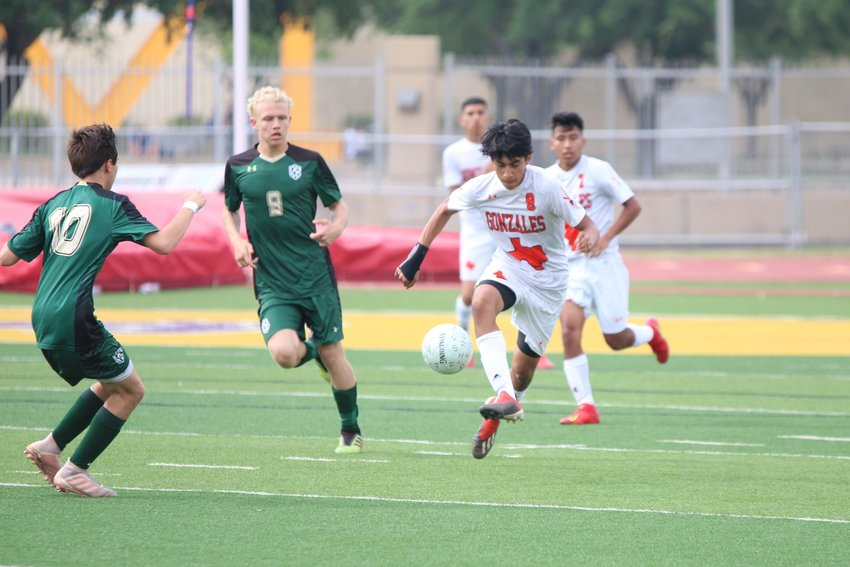 Adrian Rodriguez (9) scored a goal within four minutes of game clock in the Apaches 2-1 loss against Canyon Lake in McAllen on Friday, April 12.