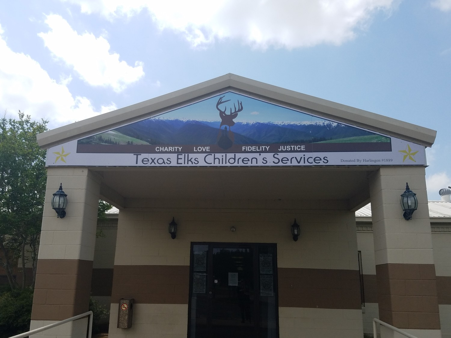 The Texas Elks Summer Camp strives to provide a positive difference in the lives to the special needs kids who pass through the camp. Children are accepted between the ages of 7-15.