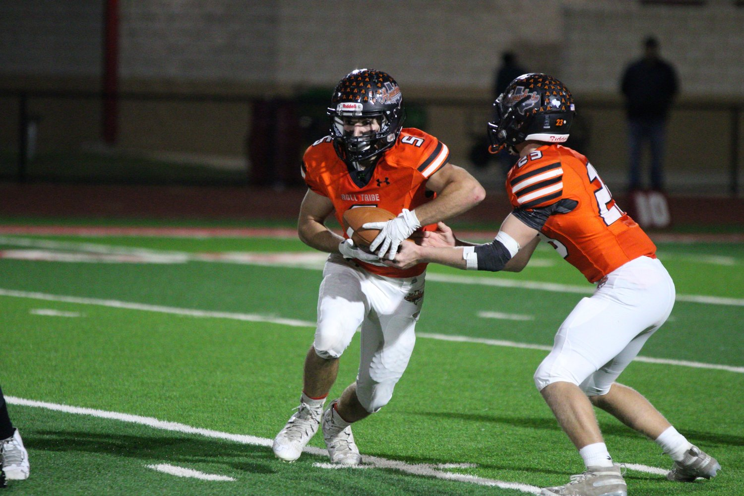 Seth Gibson (5) had four touchdowns and nearly 200 yards rushing in Gonzales' 35-15 victory over Kingsville in the bi-district round.