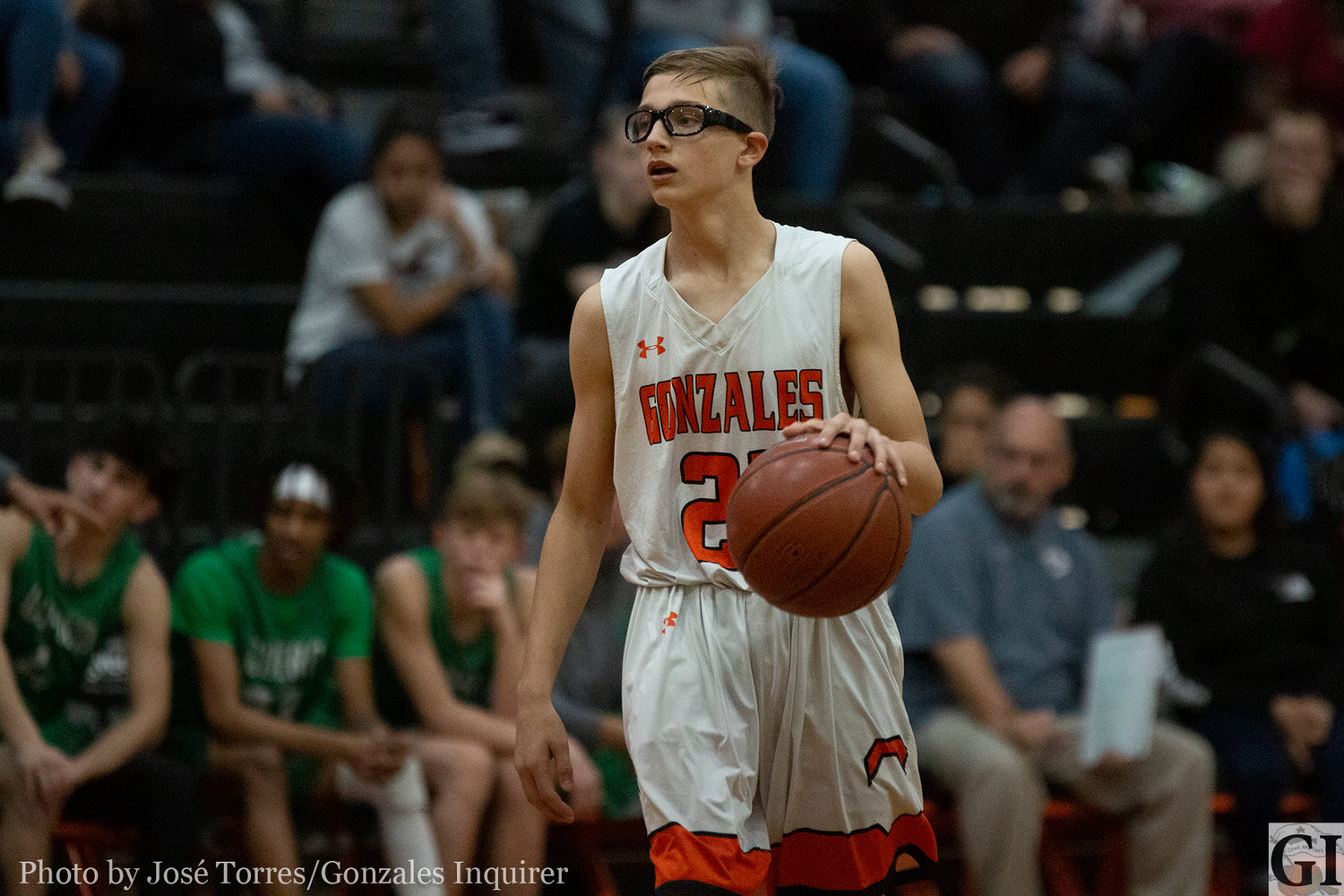 Jaydyn Lookabill (21) played significant minutes in Gonzales' 48-43 loss against Cuero on Tuesday.