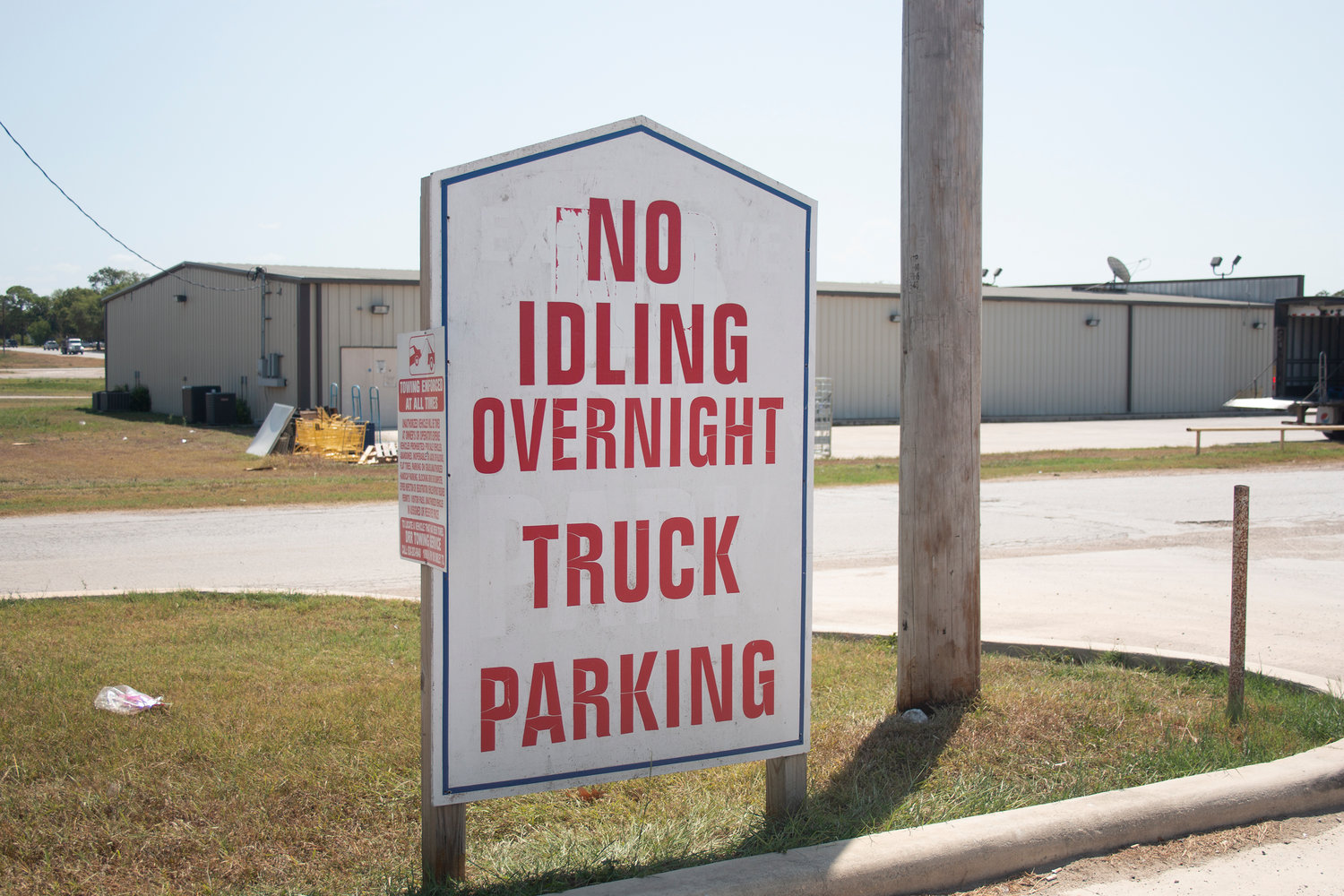 "The sign reads ""no idling"" but some Nixon residents are accusing tractor-trailers of doing just that in the Stripes lot."