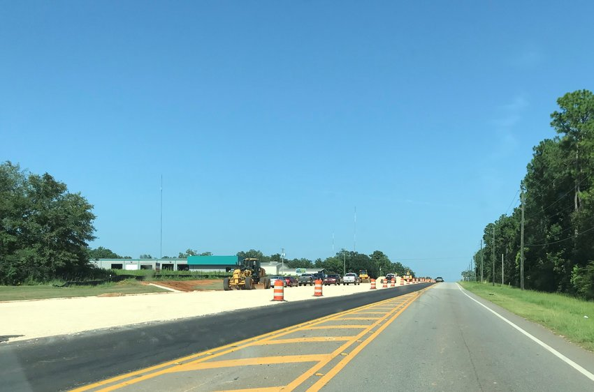 Work continues to widen US 31 in Spanish Fort.
