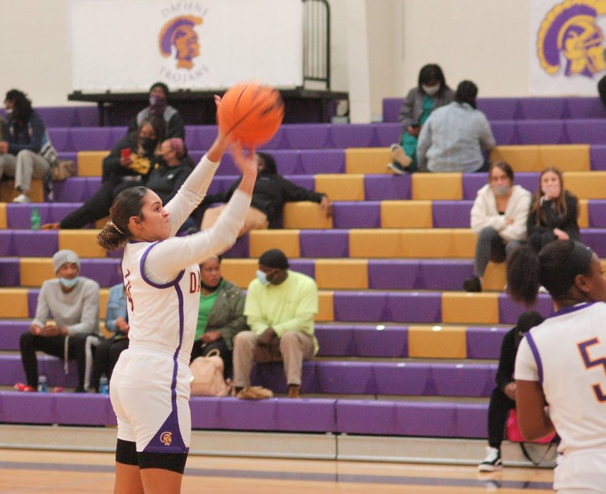 Jasmine Rogers (4) shoots for Daphne in Area play against Murphy.
