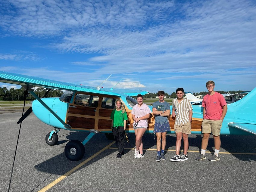 Gulf Shores High School Aviation had a chance to check out the Cessna 172M that Aviation teacher Haley Kellogg and her husband refurbished.