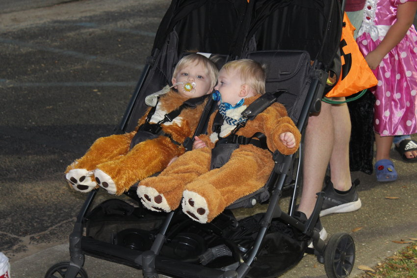 The City of Robertsdale hosted its annual Halloween Fun Night trunk-or-treat event Thursday, Oct. 21 at the Robertsdale Public Library.