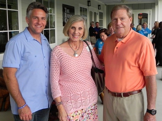 Luna's co-owner Brian Harsany, left, with Cheryl and Bill Vickers