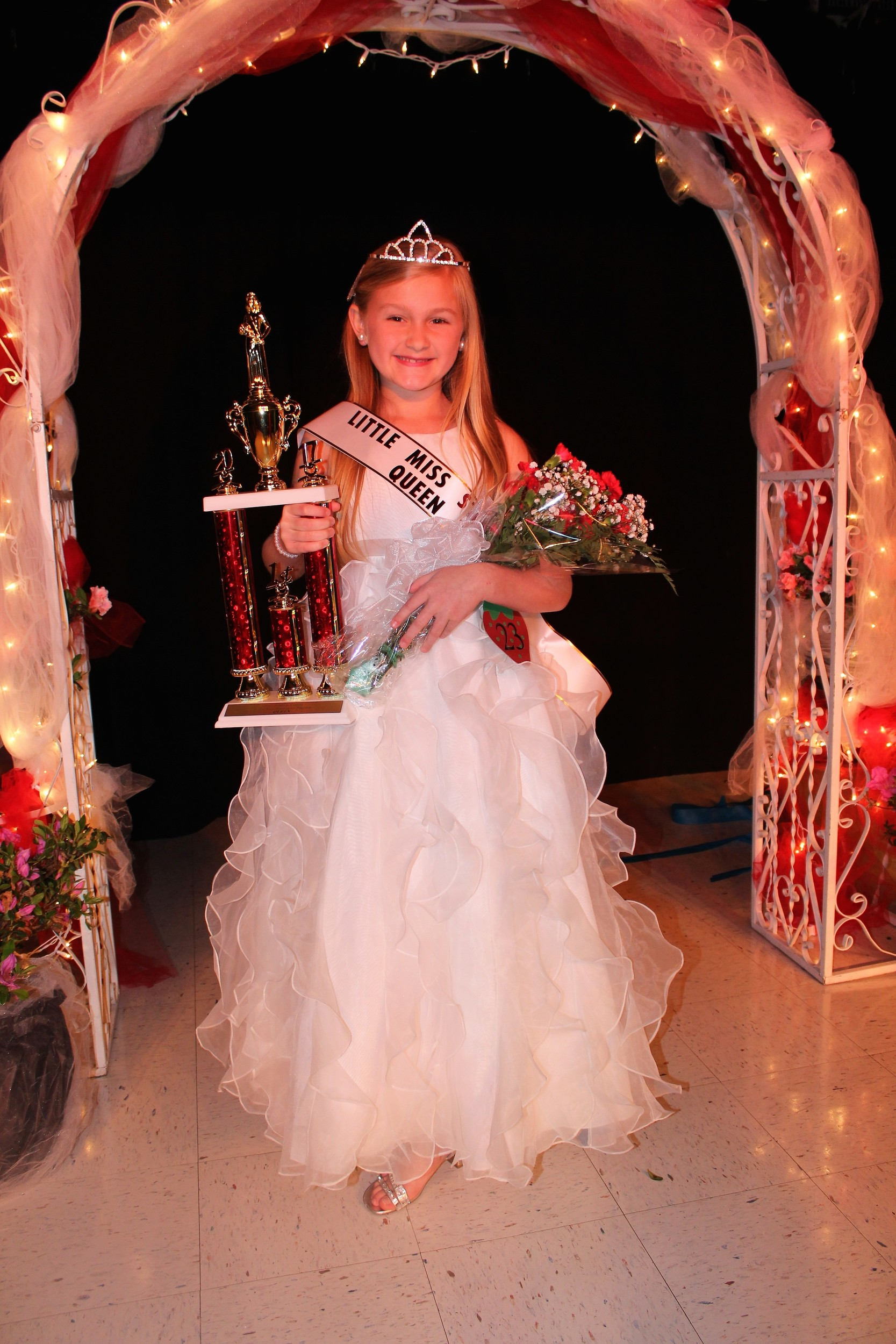 2017 Little Miss Strawberry Queen Addison Elizabeth Kucera of Silverhill.